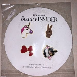 NEW SEPHORA 4 PIECE COLLECTIBLES PINS.